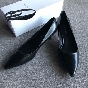 NINE WEST Oakso Black Kitten Heel Pumps